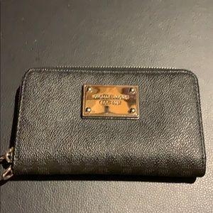 Michael Kors black small zipper wallet